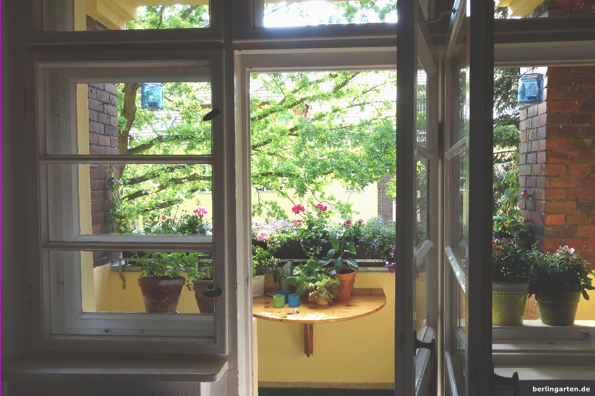 blick nach drau en berlingarten. Black Bedroom Furniture Sets. Home Design Ideas