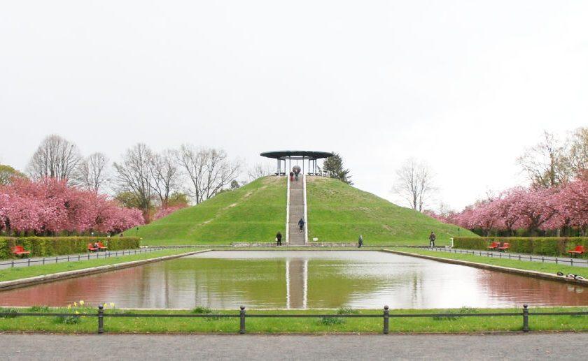 Der Lilienthalpark mit dem Fliegeberg