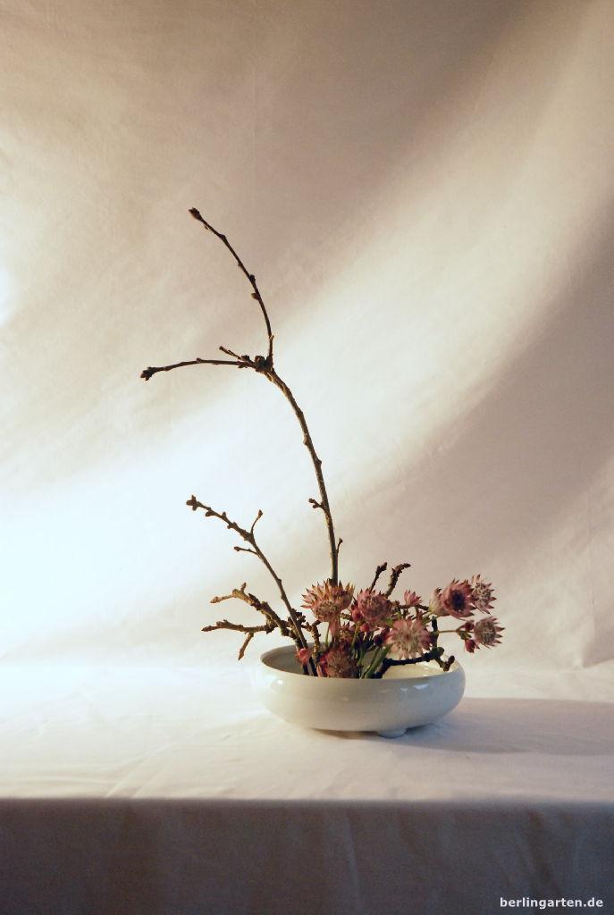 Empfehlenswert ikebana workshop berlingarten for Japanische blumenkunst