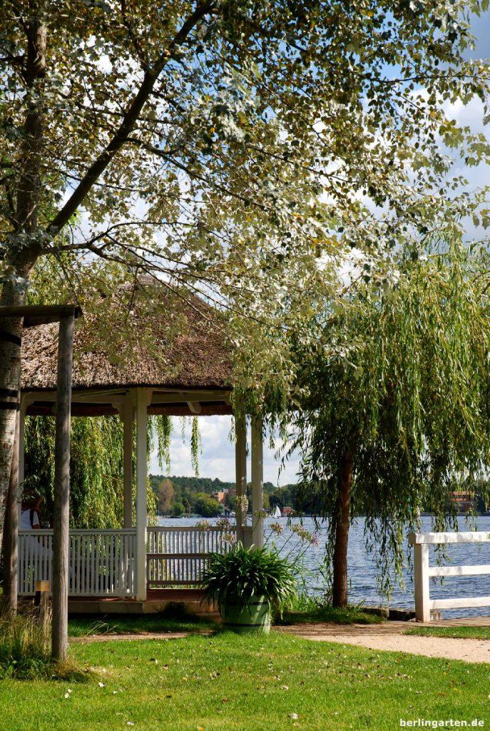Ein idyllisches Plätzchen stellt der Pavillon dar