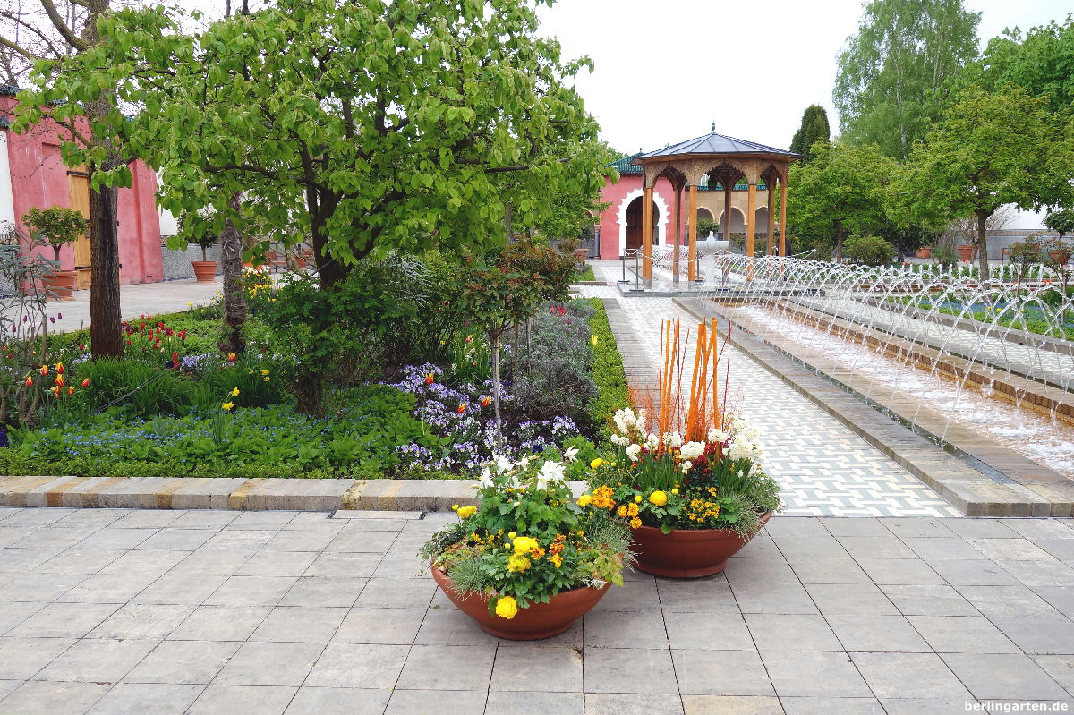 Ein Eindruck vom orientalischen Garten im Frühling