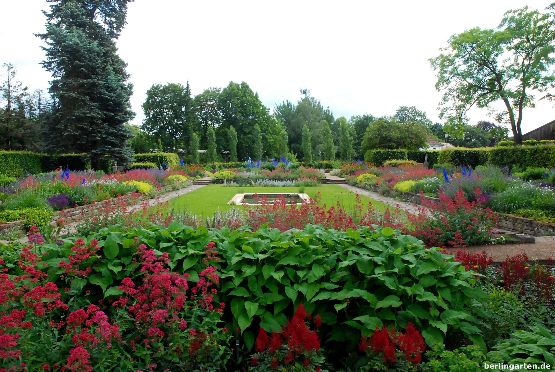 Königliche Gärtnerlehranstalt im späten Juni