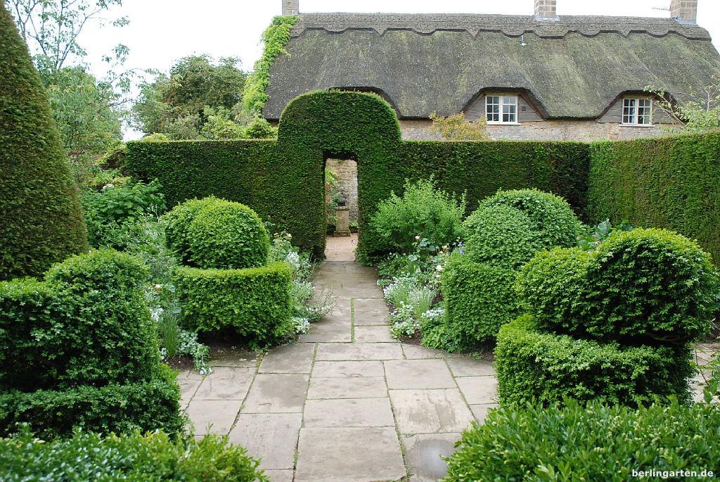 ein besuch im hidcote manor garden berlingarten. Black Bedroom Furniture Sets. Home Design Ideas